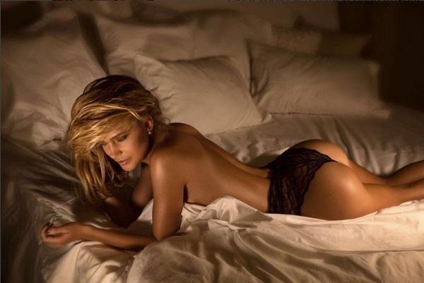 Наташа Ионова намекнула на свои тайные желания, поделившись фотографией топлесс