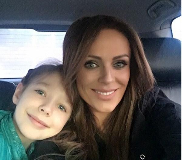 Юлия Началова улетела жить в Америку, оставив дочь в России
