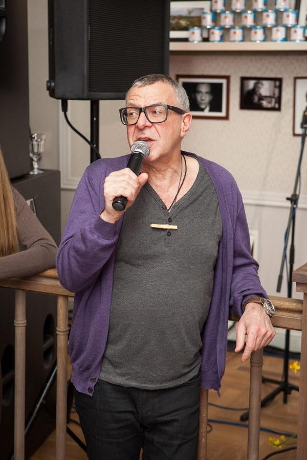 Стас Михайлов спел с Ольгой Орловой и Юлей Барановской