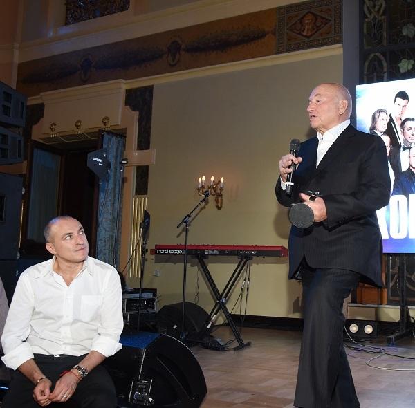 Бывший мэр Москвы Юрий Лужков «зажег» на московской светской вечеринке
