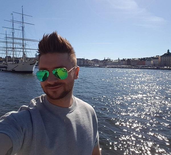 Сергей Лазарев встретился с шведскими геями и поговорил с ними о любви и творчестве