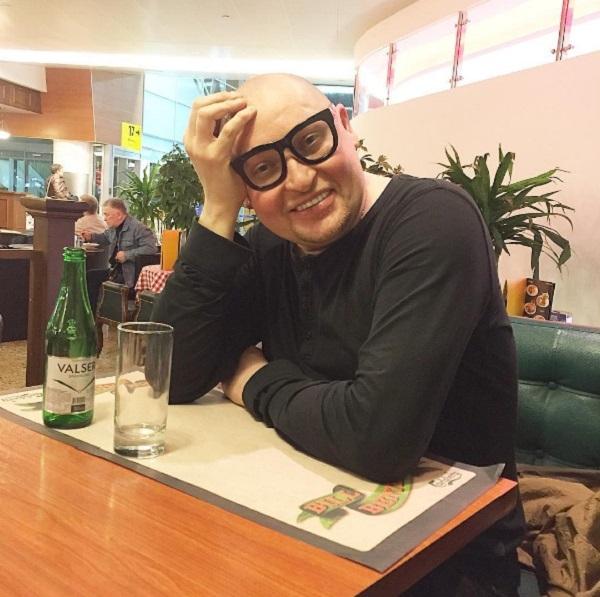 Певец Шура отправился в Новосибирск для примирения с матерью