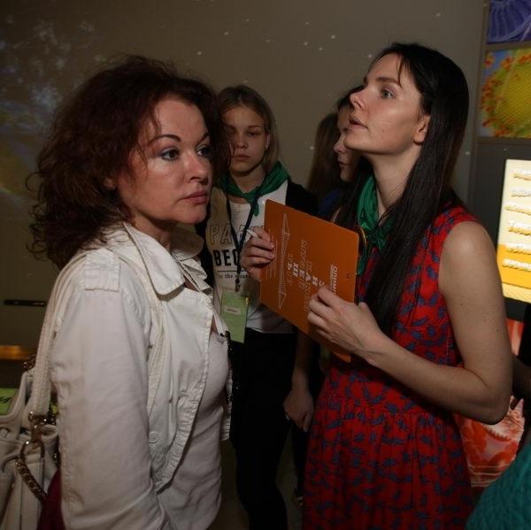Елизавета Боярская без косметики совершенно не похожа на себя