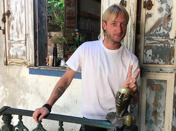 Евгений Плющенко показал старшего сына от первого брака