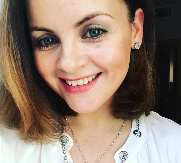 Юлия Проскурякова показала фото без макияжа