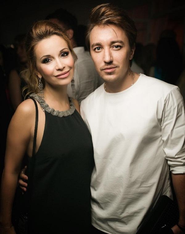 Ольга Орлова пришла на светскую вечеринку с мужчиной