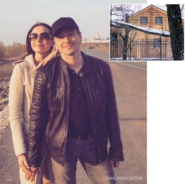 Сергей Безруков привез Анну Матисон и дочь Машу на дачу бывшей жены Ирины