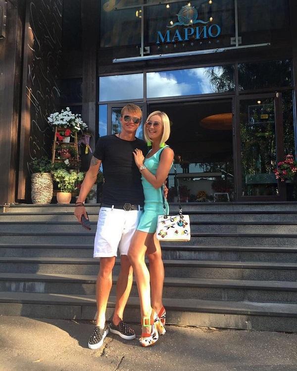 Подписчики высмеяли новую прическу и модную обувь супруга Ольги Бузовой