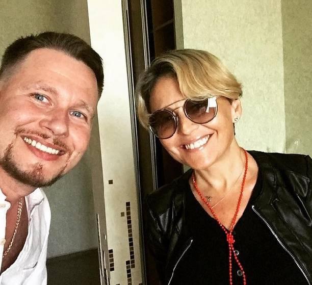 Анжелика Варум сменила причёску и опубликовала нежное фото с Леонидом Агутиным