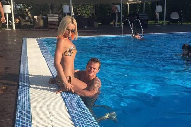 Дмитрий Тарасов не скрывает от дочери фотографий обнаженной Ольги Бузовой