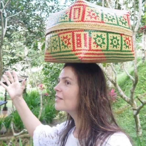 Ургант посмеялся над пляжным видео Екатерины Андреевой