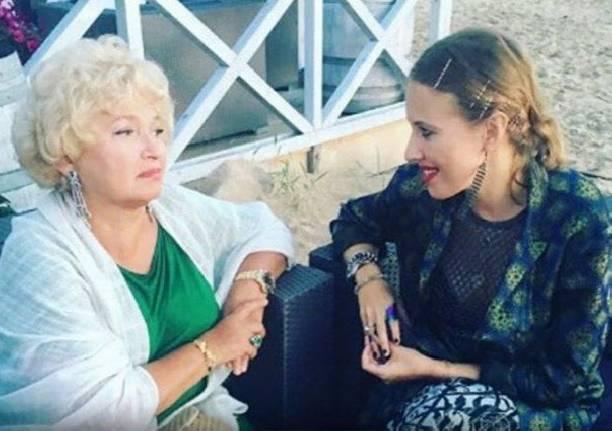 Мама Ксении Собчак присутствовала вовремя рождения своего внука