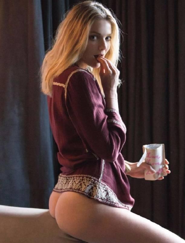 В декабрьском Playboy разделась дочка полицейского