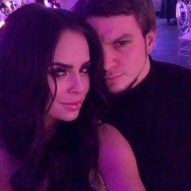 Антон Гусев иВика Романец окончательно закончили утаивать свои отношения