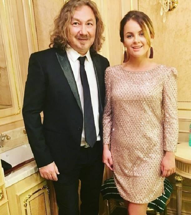 Юлия Проскурякова показала публике повзрослевшую дочь
