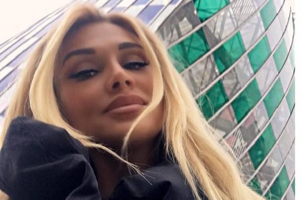 Виктория Лопырева восхитила фанатов снимком в нижнем белье