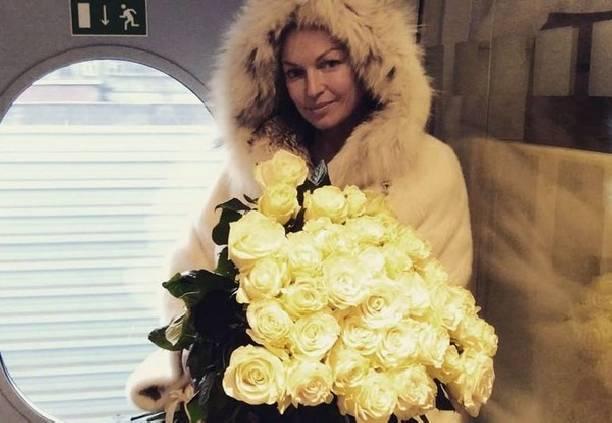 Прежний супруг Анастасии Волочковой похитил унее три млн. долларов