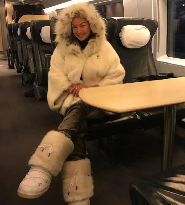 Прошедший супруг Волочковой неможет вернуть ейдолг в3 млн долларов