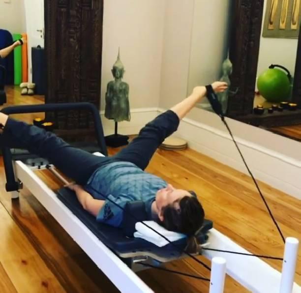 Через мучения кидеальной фигуре: Ксения Собчак пробует вернуться кбылым формам