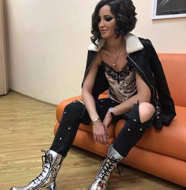 Ольга Бузова совсем отощала