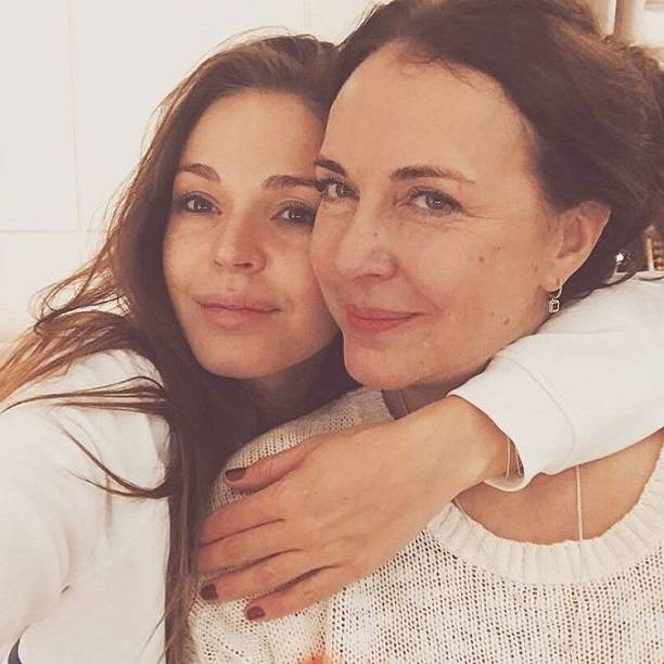 Мать Агнии Дитковските поведала  о 2-ой  беременности дочери