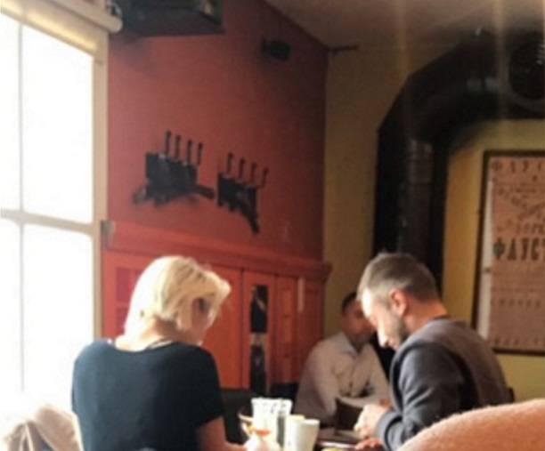 Новой подругой Дмитрия Шепелева стала блондинка