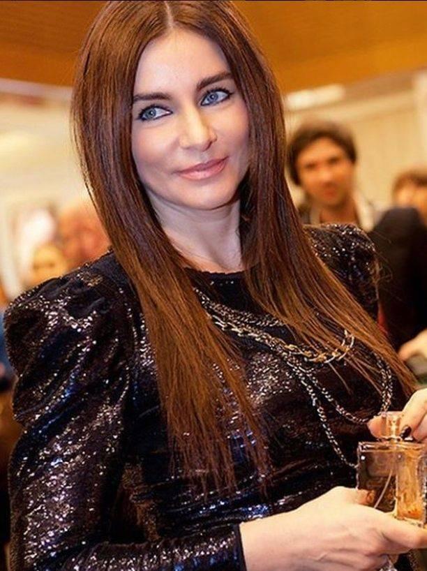 Для вечеринки amfAR Ольга Крутая выбрала очень облегающее платье