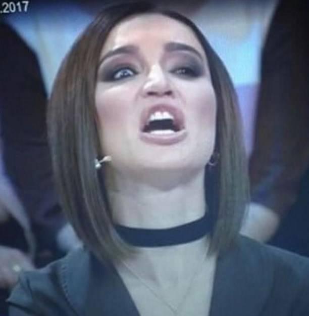 Неудачное фото Ольги Бузовой вызвало бурный смех общественности