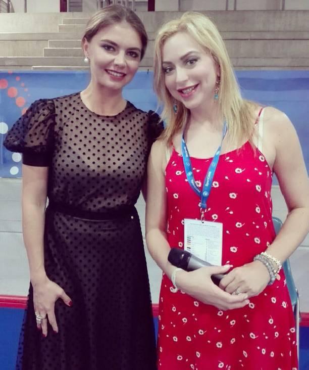 Алина Кабаева вручила гимнастке Аджурджукулезе приз «Мисс элегантность» наЧМ