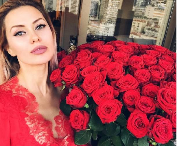 Виктория Боня интригует поклонников сообщениями о муже