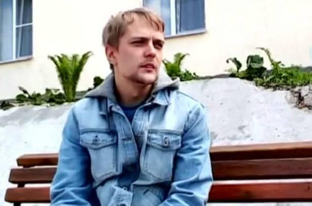 Сын Сергея Зверева работает вотеле за 30 тыс. руб. вмесяц