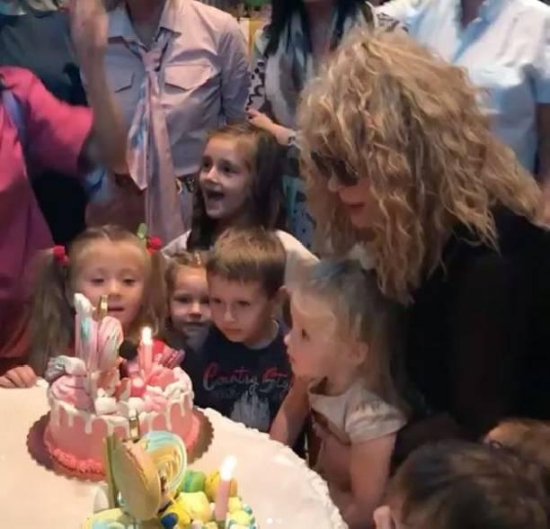Дети Пугачёвой и Галкина веселились на своём грандиозном Дне рождения
