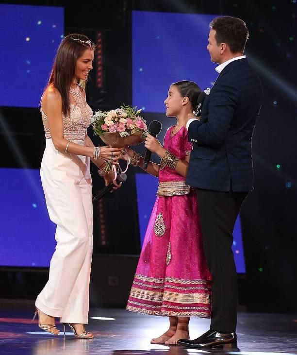 Сати Казанова помогла участнице шоу «Тысупер! Танцы» выполнить мечту