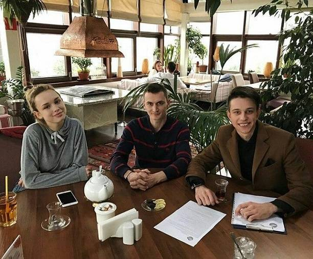 Шоумен Дмитрий Торин подрался сженихом Дианы Шурыгиной— Скандал насвадьбе