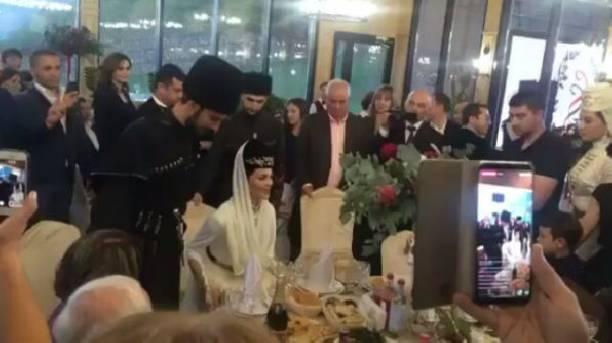 Эстрадная певица  Сати Казанова сыграла свадьбу наКавказе