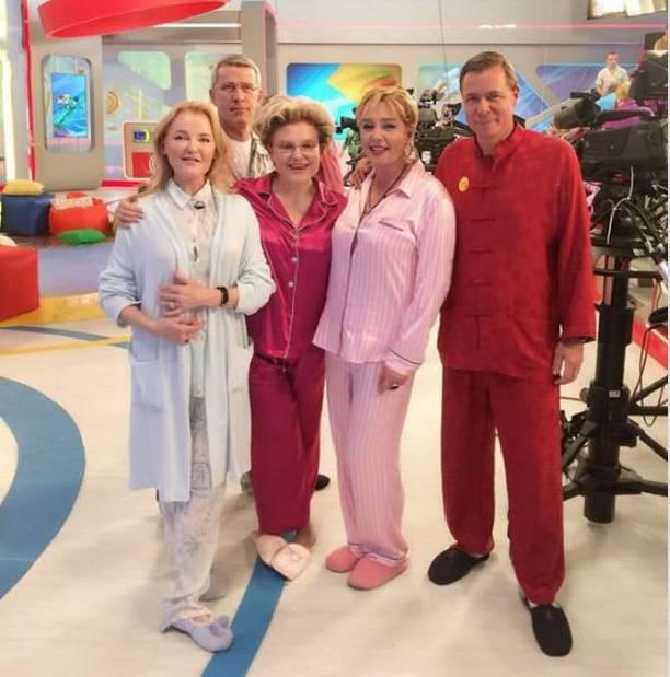 Елена Малышева в пижаме вызвала шквал критики в свой адрес