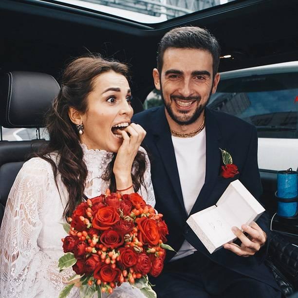 Харламов женился на Асмус, не успев развестись Woman 36