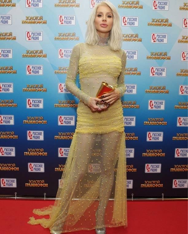 ТОП 5 самых откровенных женских нарядов на премии Золотой граммофон