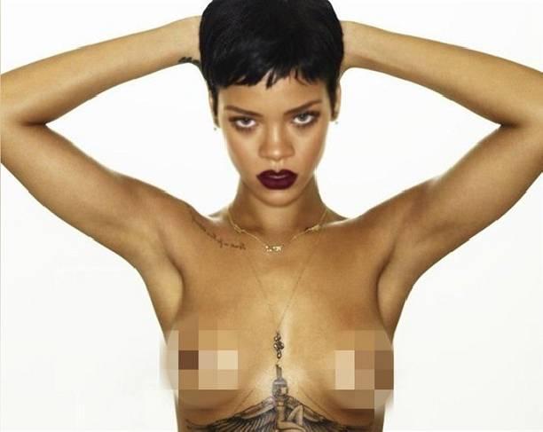 Хакеры слили вСеть интимные фото обнаженной эстрадной певицы Рианны