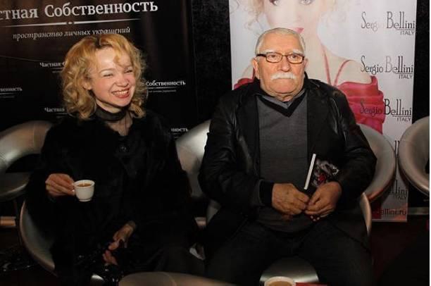 Брак Армена Джигарханяна сВиталиной Цымбалюк— Романовской был разрушен ведьмой