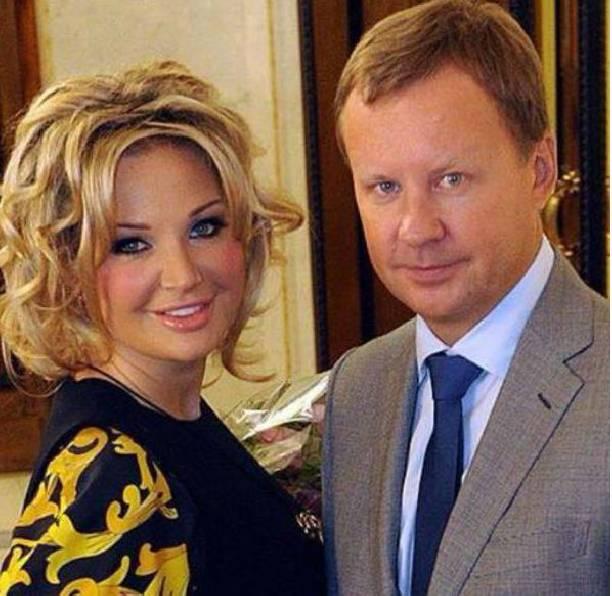 Мария Максакова отказалась отобщения сотцом после инсульта