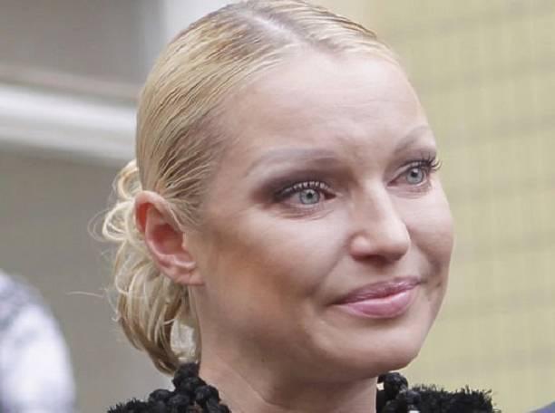 Анастасия Волочкова продемонстрировала, как выглядела 25 лет назад