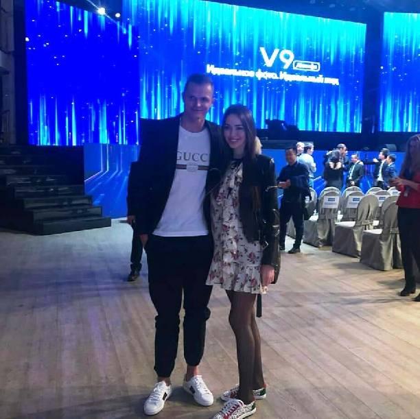 Тарасов забил впервый раз сиюля предыдущего 2017-ого ипосвятил гол беременной супруге