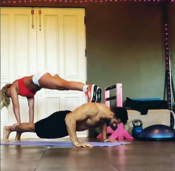 Бритни Спирс показала фантастические тренировки слюбимым