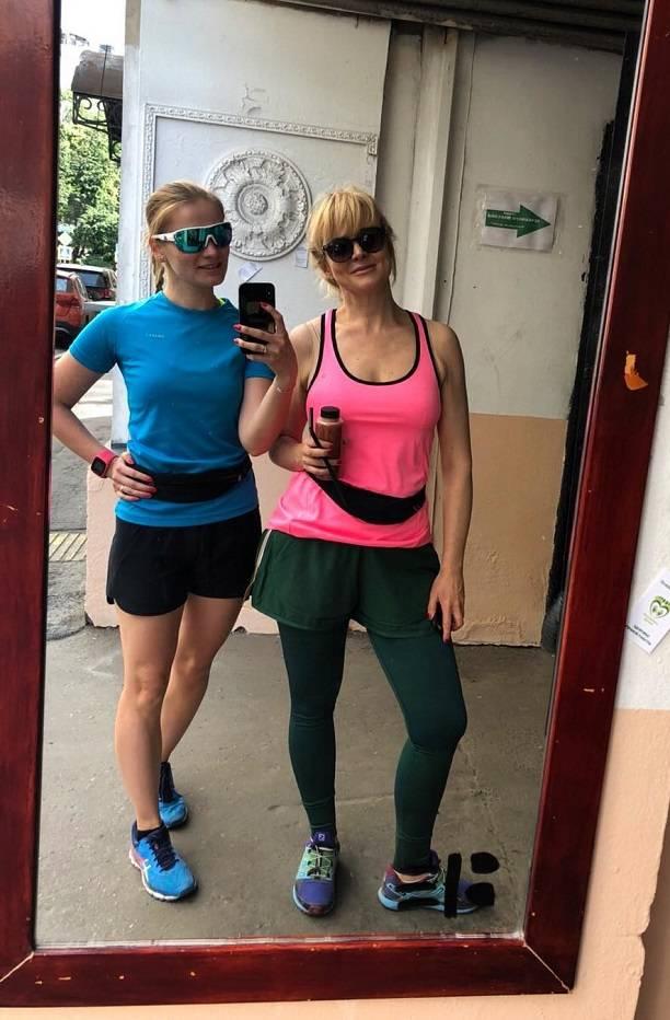 Анна Михалкова похудела до неузнаваемости