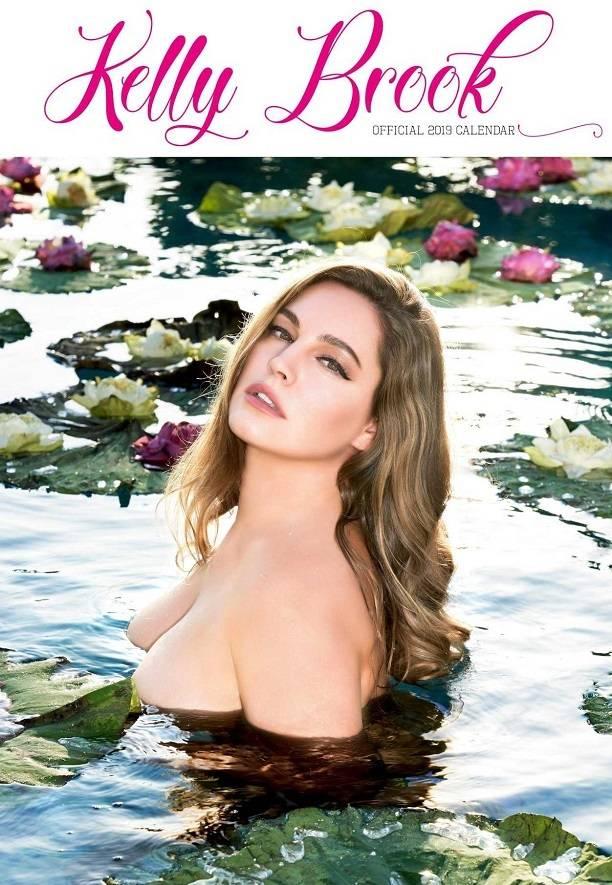 Келли Брук порадовала мужчин ежегодным эротическим календарём