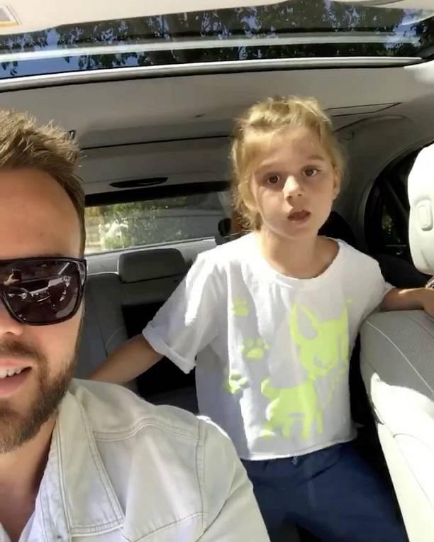 Максим Чернявский не отдал Анне Седоковой дочь