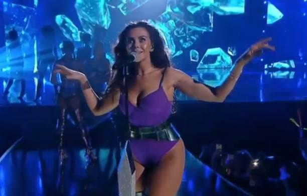 Сексуальный наряд Насти Каменских произвела фурор на музыкальной премии