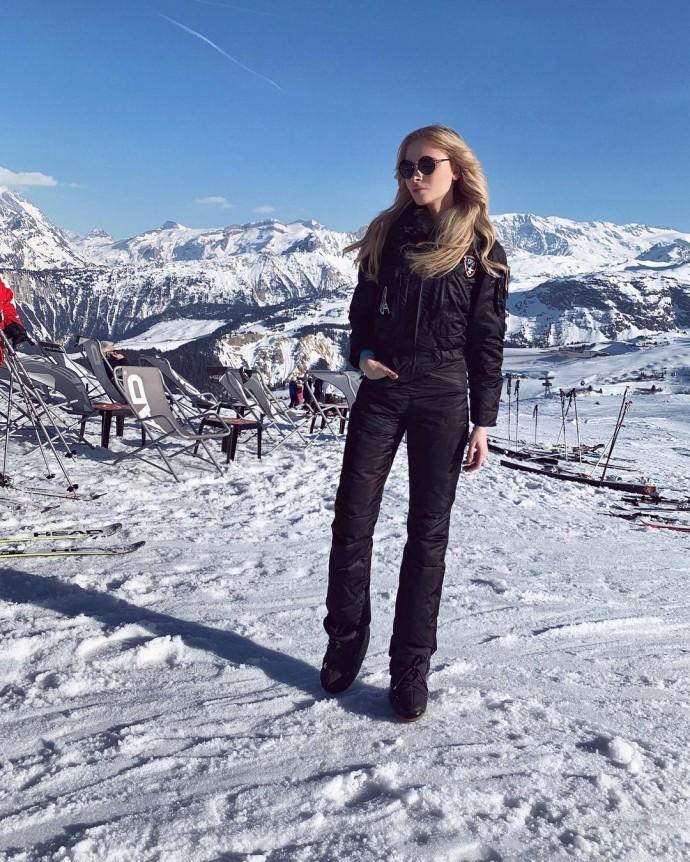 Алёна Шишкова с подругами отправилась покорять Куршевель