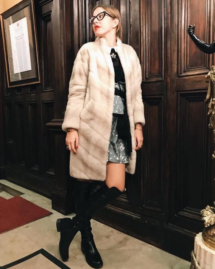 Ксения Собчак нарывается на скандал с Викторией Лопыревой